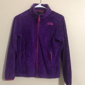 I'm selling The North Face Girl's sweater.